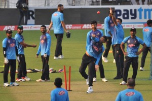 Kolkata: Bangladesh cricketers during a practice session ahead of the first Day-Night Test match against India at the Eden Gardens in Kolkata on Nov 21, 2019. (Photo: Kuntal Chakrabarty/IANS)