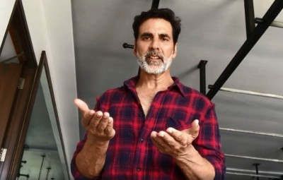 Akshay Kumar can't figure out why some people will not take the concept of lockdown seriously in the time of COVID-19 pandemic, as is apparent in a new video the Bollywood superstar has posted.