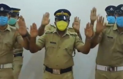 For a change, it's bouquets for the efforts of a Kerala Police team, whose video has gone viral, wherein it shows the need for washing ones hands with soap to keep out the raging Covid -19 out. The Kerala Police, apart from providing total support to the efforts of containing the spread of coronavirus, it's this video that has taken over the social media, which has won them kudos.