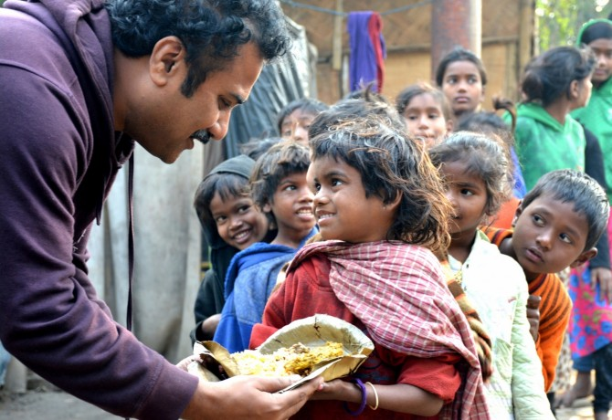 FEED provides day meals to around 180 street children every day.